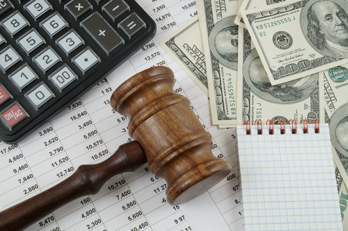 Calculating the Average Cost of a Tax Attorney